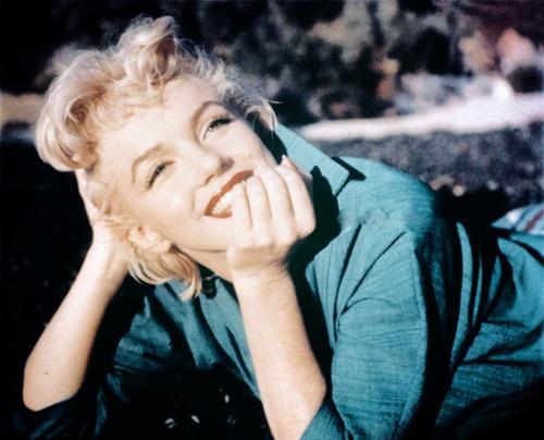 blonde-diva-love-marilyn-monroe-simle-Favim.com-302754